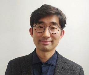 Wonyoung Jang image